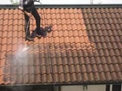 avec quoi nettoyer sa toiture - Tous les toits